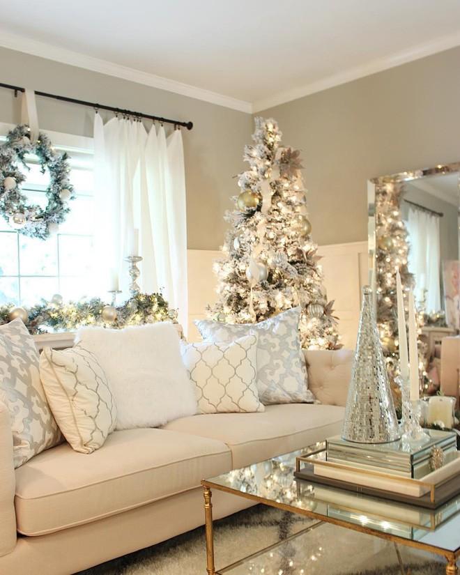 Màu của tuyết trắng ngày càng được lòng trong việc decor Giáng sinh