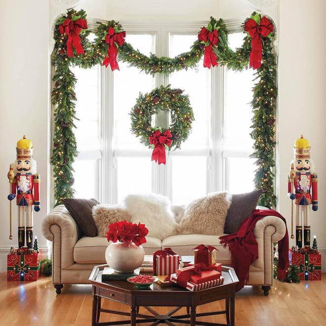 14 ko gian phòng tiếp khách decor Giáng sinh nổi trội - Acc Home (12)