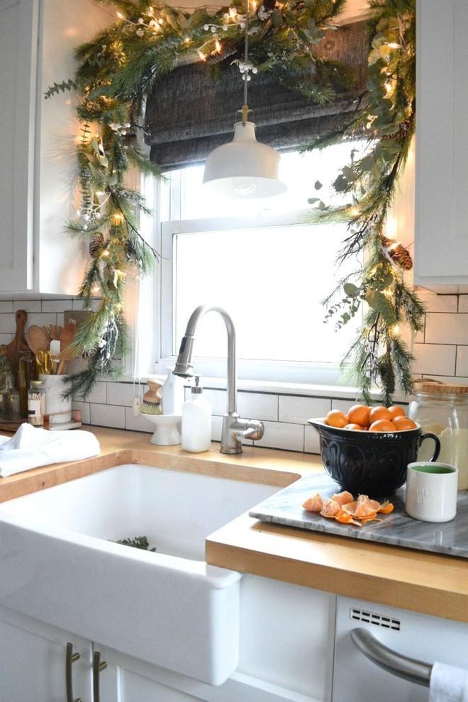 Các ý tưởng hay ho decor cửa sổ mừng Giáng sinh - Acc Home (10)