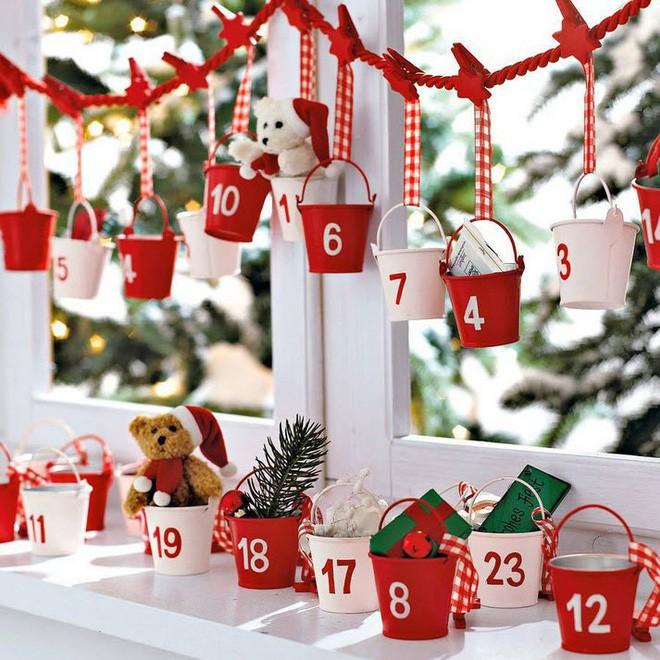Các ý tưởng hay ho decor cửa sổ mừng Giáng sinh - Acc Home (11)