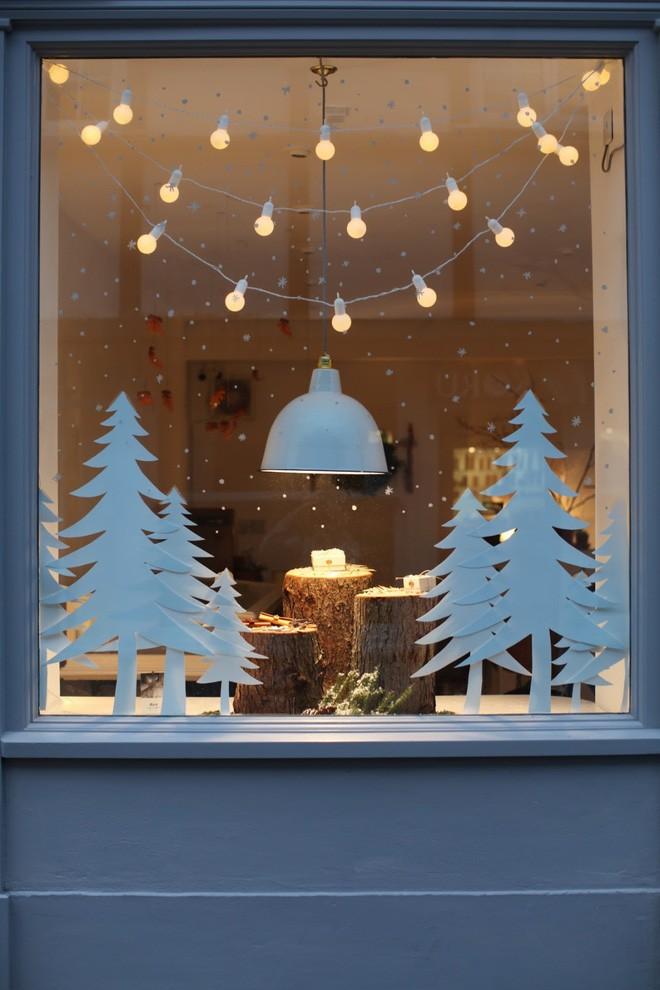 Các ý tưởng hay ho decor cửa sổ mừng Giáng sinh - Acc Home (12)