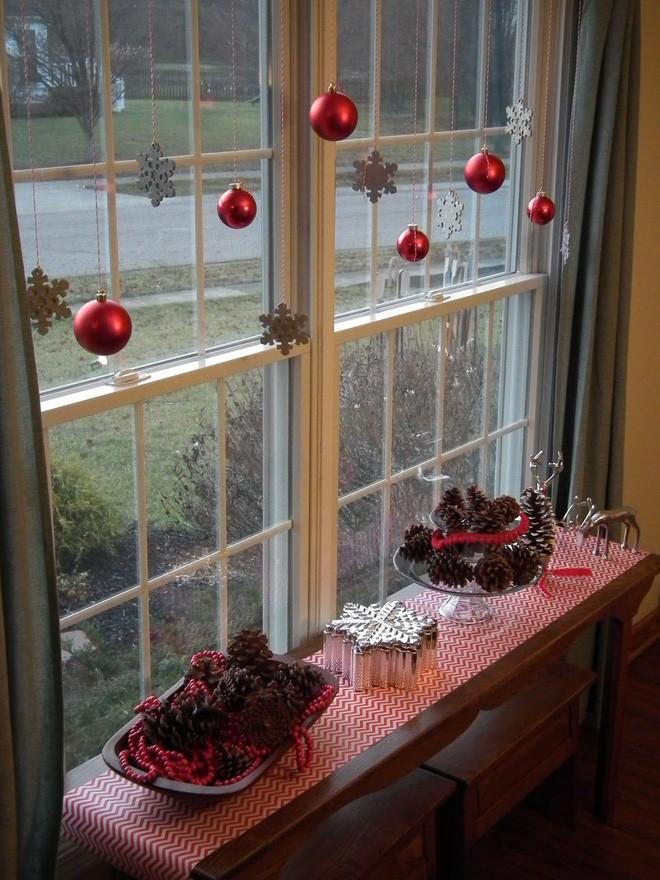 Các ý tưởng hay ho decor cửa sổ mừng Giáng sinh - Acc Home (13)